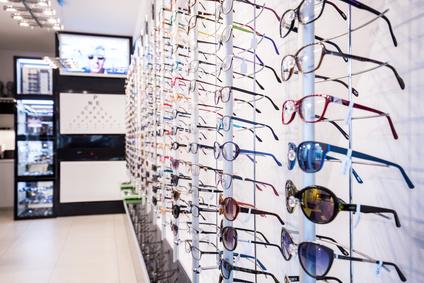 Vrai prix des lunettes en France et solutions pour le diminuer - ADP ... caca562cb8d5